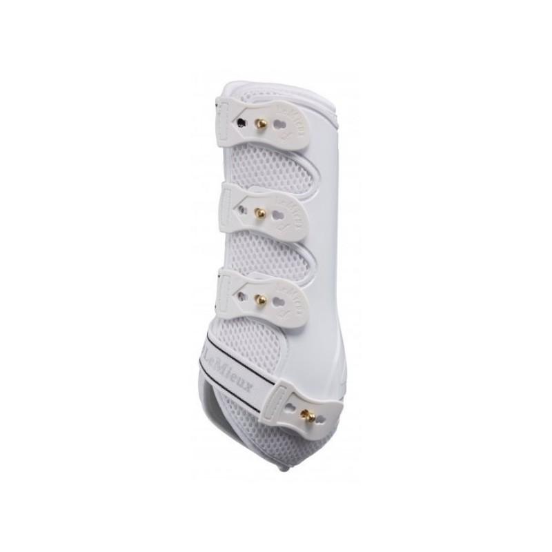 Snug Boots, Lemieux